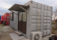 20フィート 引き戸 窓 内装工事 電気配線取付